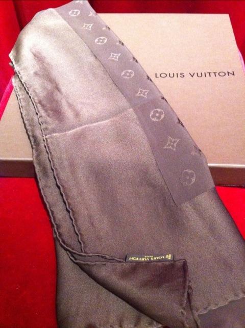 Louis Vuitton Sjal