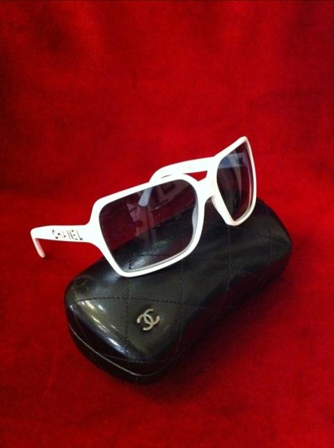 Chanel Solglasögon