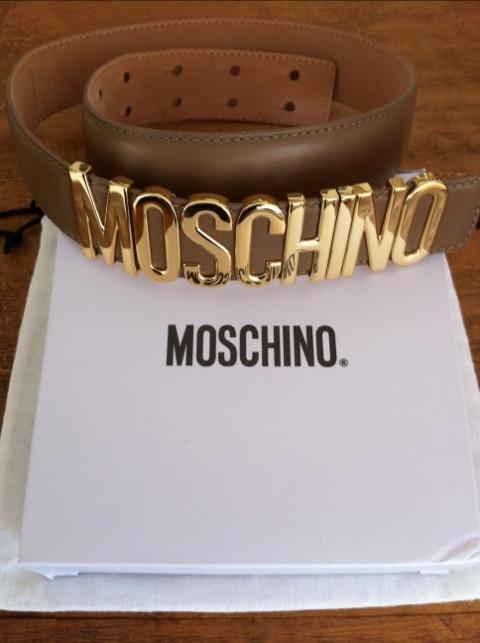 Moschino Bälte