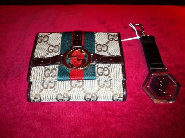 Gucci Plånbok och Y.S.L Nyckelring